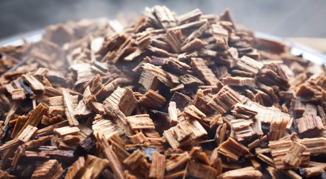 Uso de chips de madera de roble en vinificación